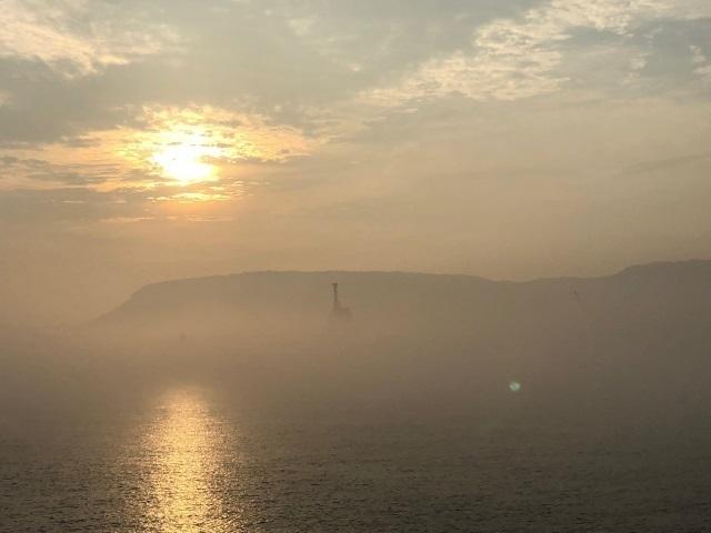 1霧の屋島.jpg