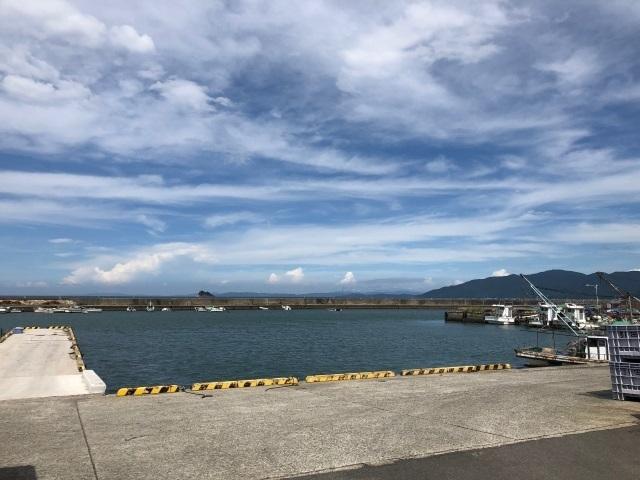 5引田漁港.jpg