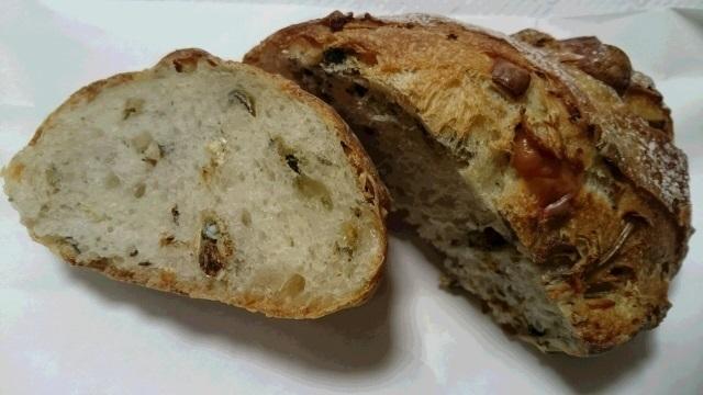 ⑤いりこパン.jpg
