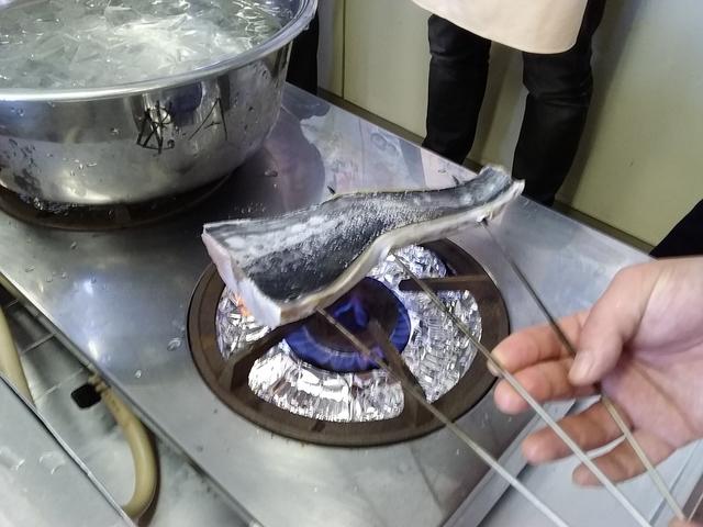 サワラ炙り中.jpg